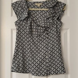 Banana Republic navy and white top size XS